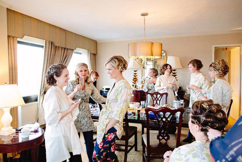 bridesmaids and bride get ready at omni hotel in new haven