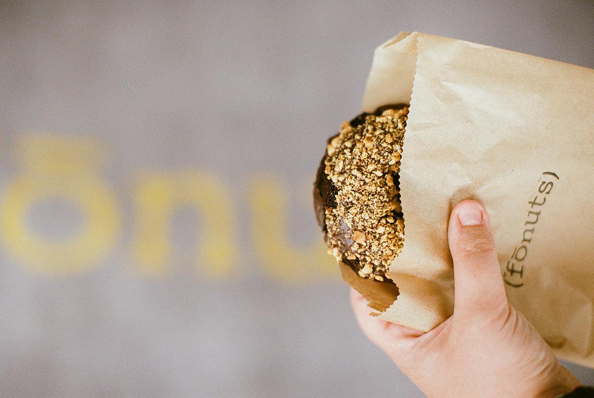 gluten free donut in LA bakery fonut